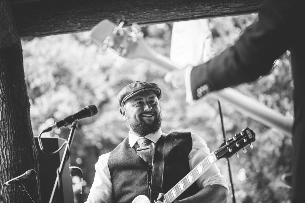sam-beth-relaxed-natural-alternative-fun-festival-boho-wedding-photography-nottingham-vicarge-elkesley_0056.jpg