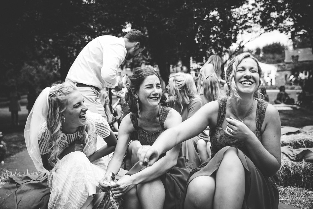 sam-beth-relaxed-natural-alternative-fun-festival-boho-wedding-photography-nottingham-vicarge-elkesley_0062.jpg