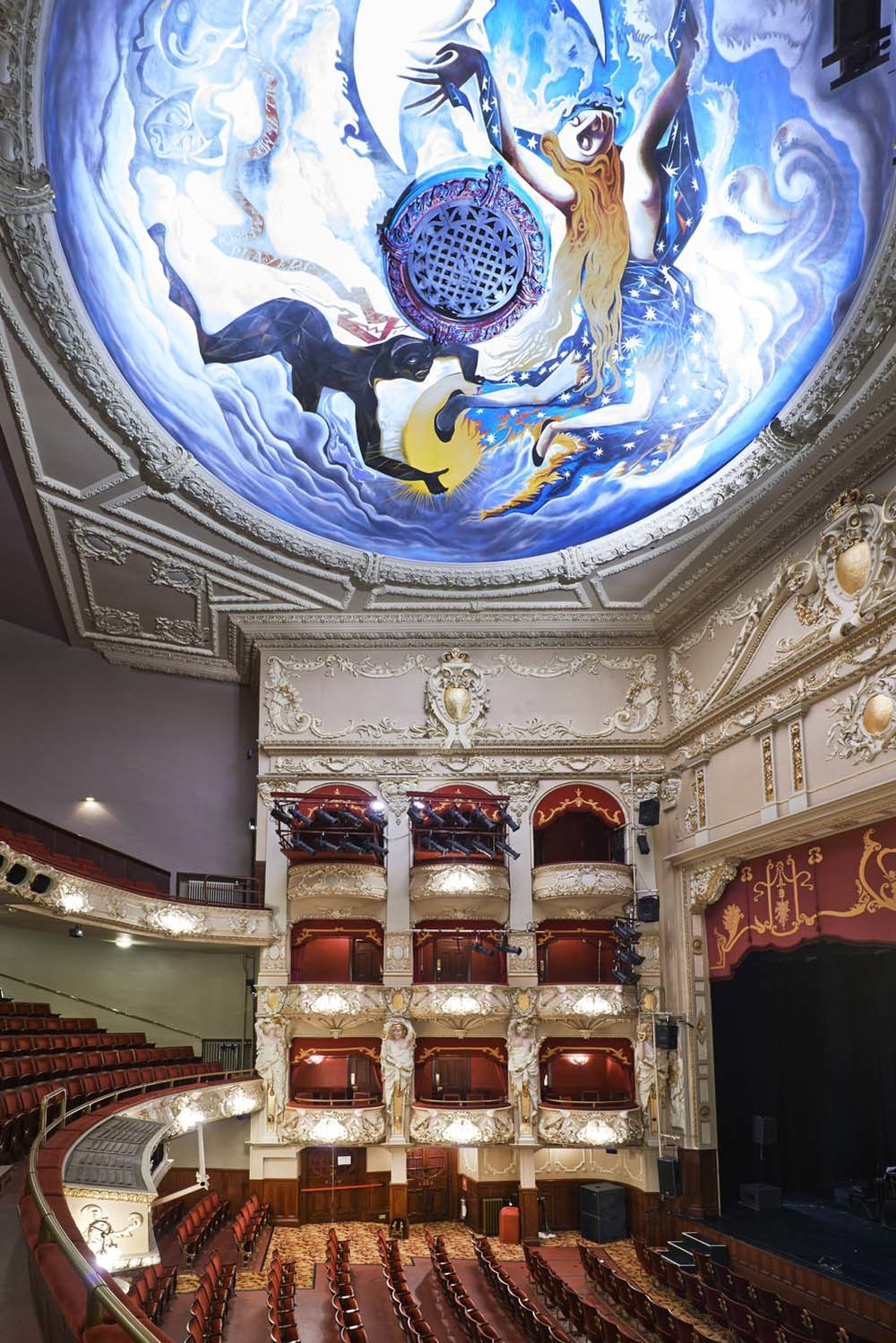 King's Theatre Edinburgh for Johnstones Paints