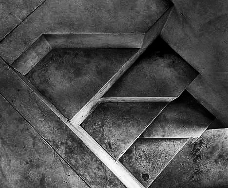 dromik :      Carlo Scarpa staircase.     Photo by   Arturo Jimenez