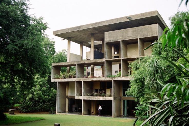 acidadebranca :     1951-1956 |  Le Corbusier  |  Villa Shodhan, Ahmedabad, India