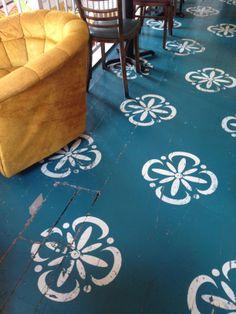 Stenciled Floor Imag  http://ift.tt/1Ag1yr7