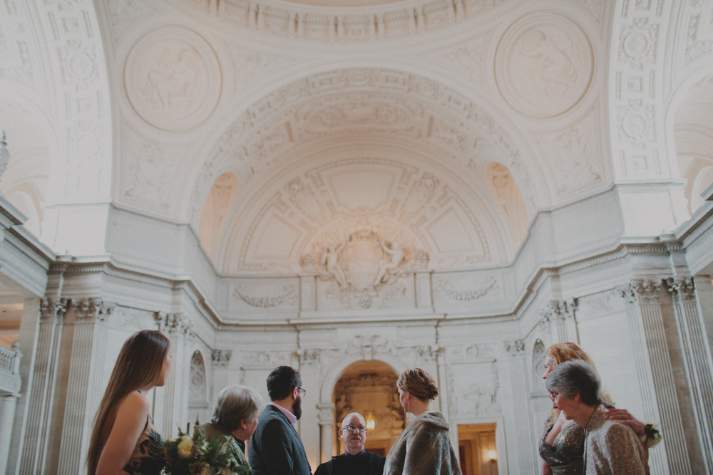 gretchen_gause_san_francisco_city_hall_wedding_photo