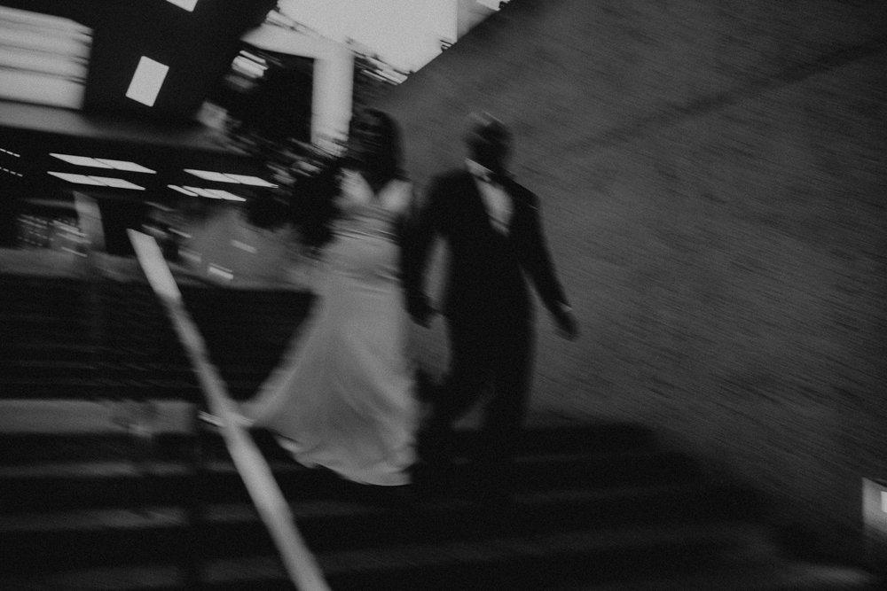 Oakland Museum of California Wedding #fallwedding #modernwedding #minimalswedding #BayAreaWeddingPhotographer #weddingprep #weddingday #weddingceremony #bayareabride #brideandgroom #reception