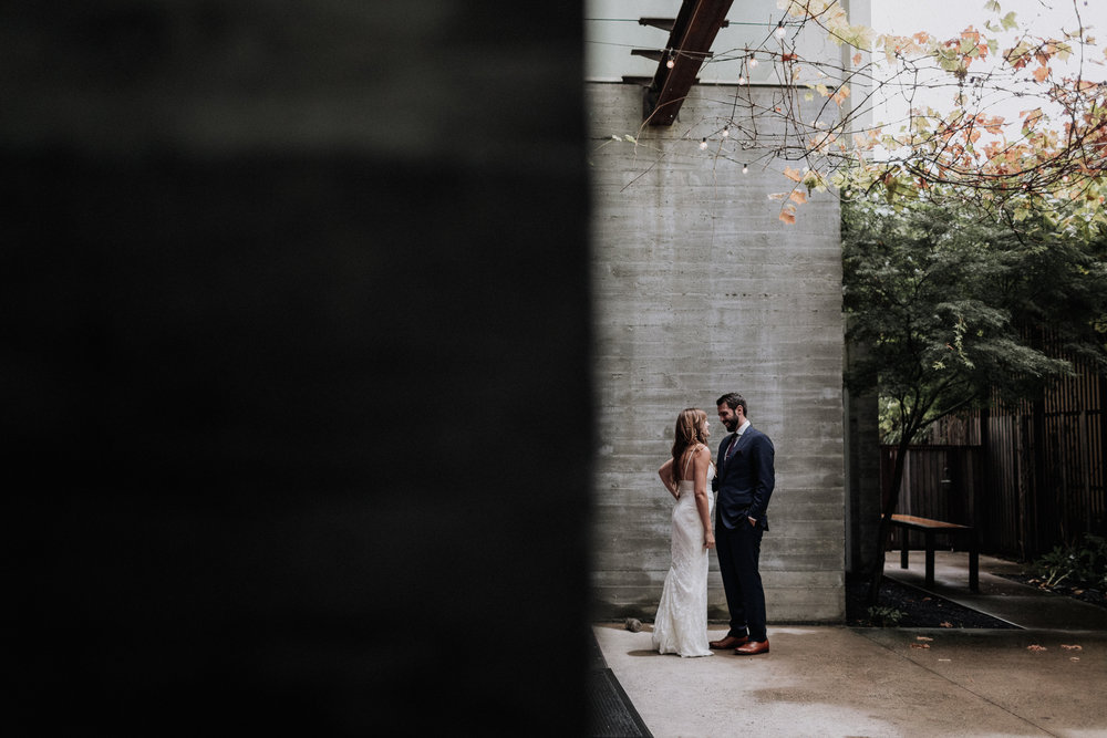 Gretchen_Gause_healdsburg_barndiva_wedding_photo