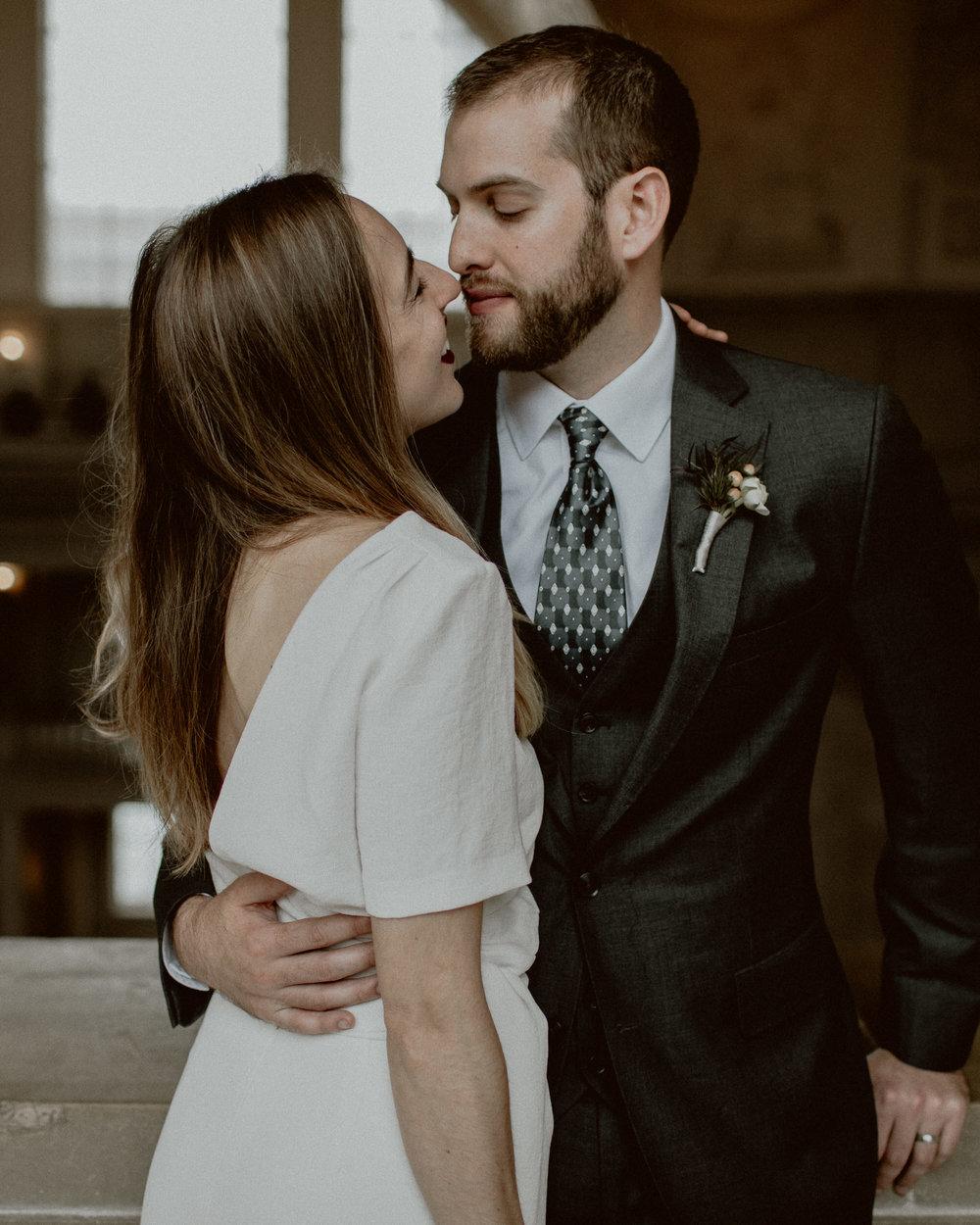 Intimate San Francisco City Hall Wedding | Gretchen Gause Photography #theknotwedding #sfcityhallwedding #sfwedding #sfweddingphotographer #sfelopement #intimatewedding #cityhallwedding #gretchengausephotography