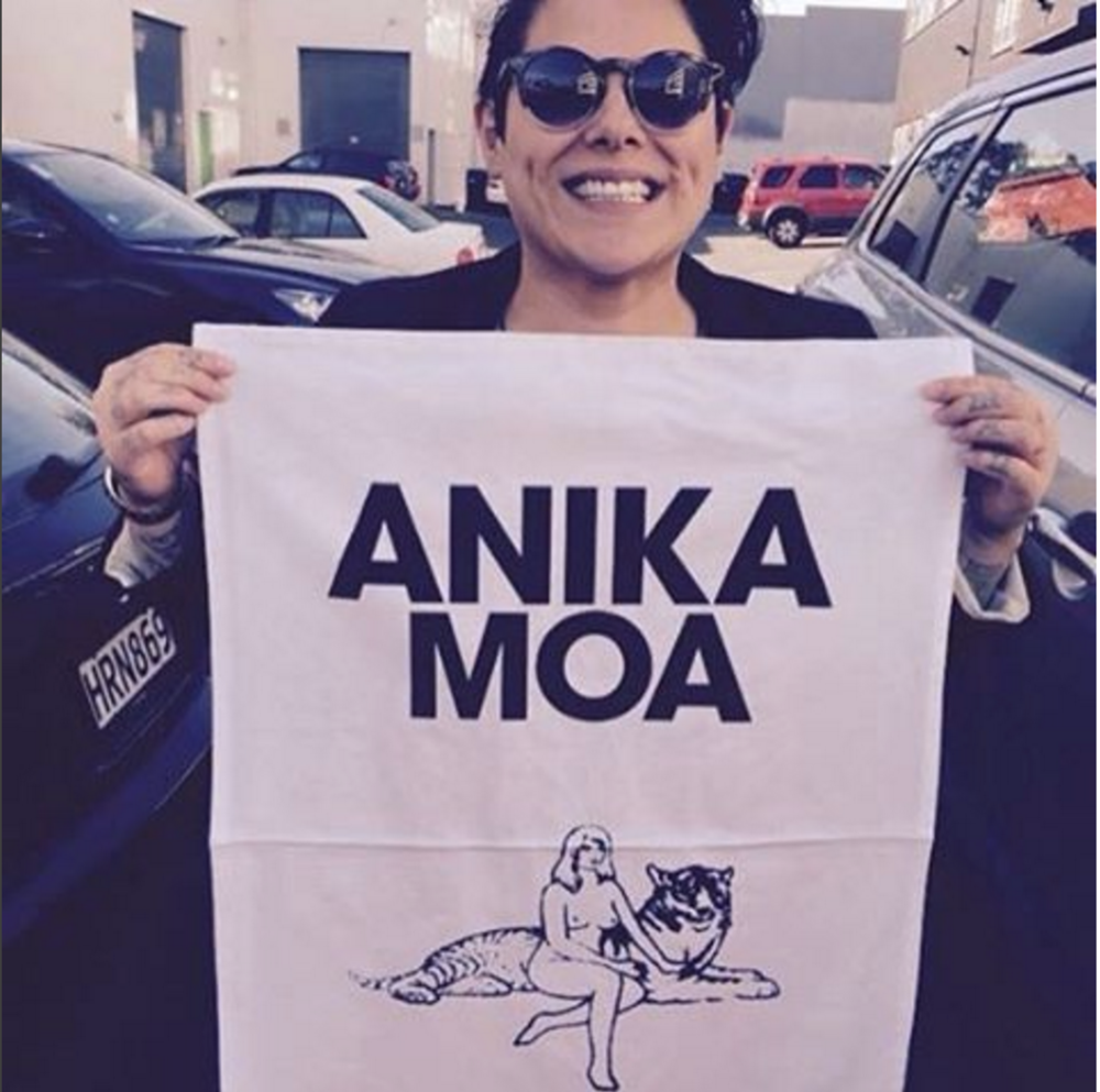 Anika Moa and Her New Tea Towel