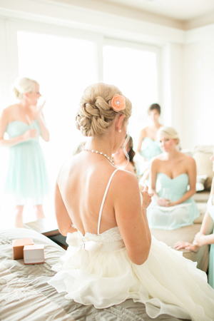 coral-aqua-teal-oyster-farm-eastern-shore-wedding-photo-amanda-hedgepeth-17.jpg
