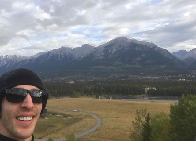 I wish this was the backdrop for every one of my runs. Gotta love the mountains :) . Also gotta love how used to people the animals are. A bunch of elk just watching as I run . #sparrowtraining #fitdad #fitdads #fitness #fitlife #motivation #inspiration #yeg #yegfit #yegdad #yegtrainer #personaltrainer #personalfitnesstrainer #runner #run #running #canmore #mountains #mountainliving #rockymountains