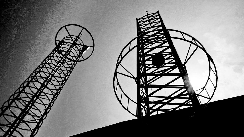 Towers2.jpg