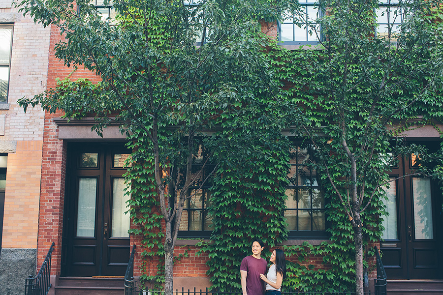 DAISY-JOHN-WEST-VILLAGE-ENGAGEMENT-SESSION-NYC-CYNTHIACHUNG-0210.jpg