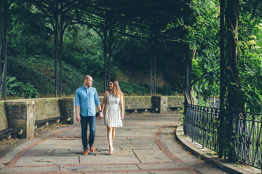 CASEY-ERIC-NYC-CENTRAL-PARK-CONSERVATORY-GARDENS-ENGAGEMENT-SESSION-CYNTHIACHUNG-0012.jpg