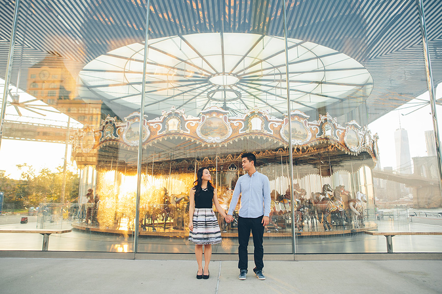 ELIZA-DAVID-NYC-BROOKLYN-BRIDGE-PARK-ENGAGEMENT-SESSION-CYNTHIACHUNG-0036.jpg
