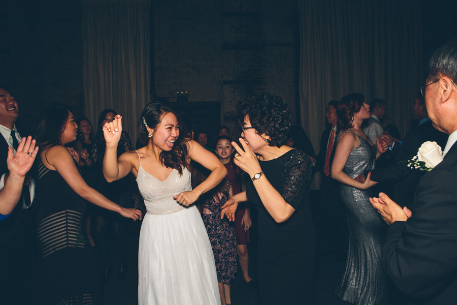 NYC-WEDDING-PHOTOGRAPHER-CYNTHIACHUNG-SUNNY-JOHN-BLOG-218.jpg