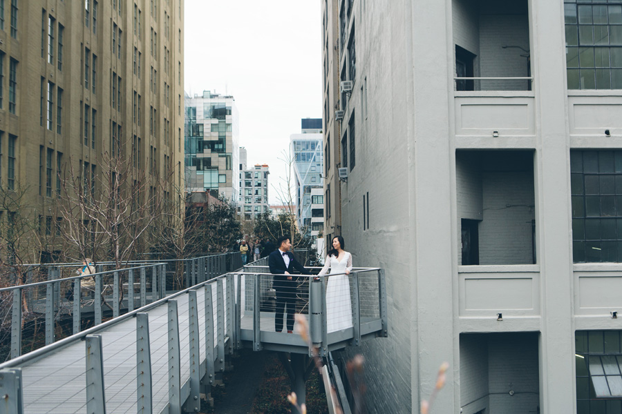 kate-thomas-nyc-highline-chelsea-engagement-photography-session-cynthiachung-0005.jpg