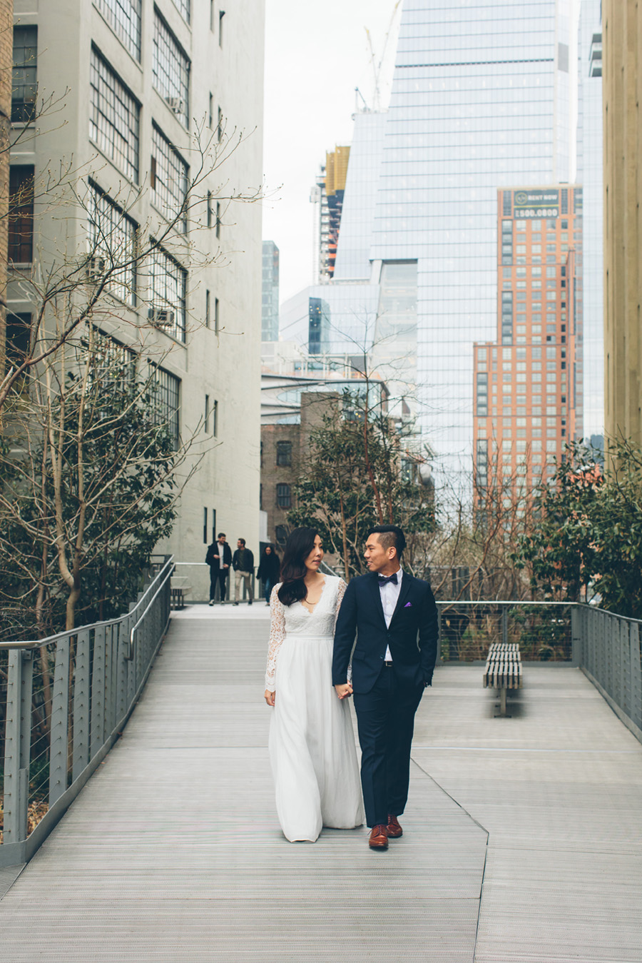kate-thomas-nyc-highline-chelsea-engagement-photography-session-cynthiachung-0007.jpg