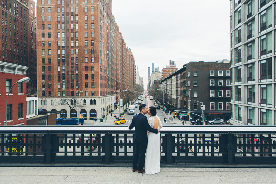 kate-thomas-nyc-highline-chelsea-engagement-photography-session-cynthiachung-0012.jpg