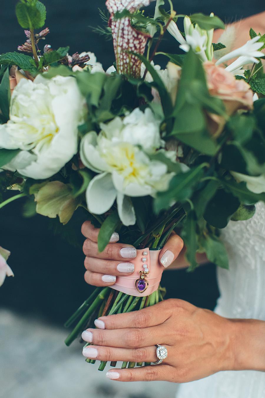 NYC-WEDDING-PHOTOGRAPHER-CITYHALL-ELOPEMENT-501-UNION-BROOKLYN-WEDDING-JILL-JUSTIN0018.jpg