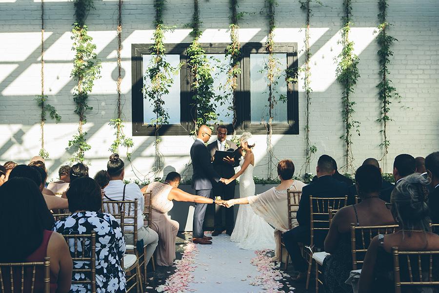 NYC-WEDDING-PHOTOGRAPHER-CITYHALL-ELOPEMENT-501-UNION-BROOKLYN-WEDDING-JILL-JUSTIN0035.jpg