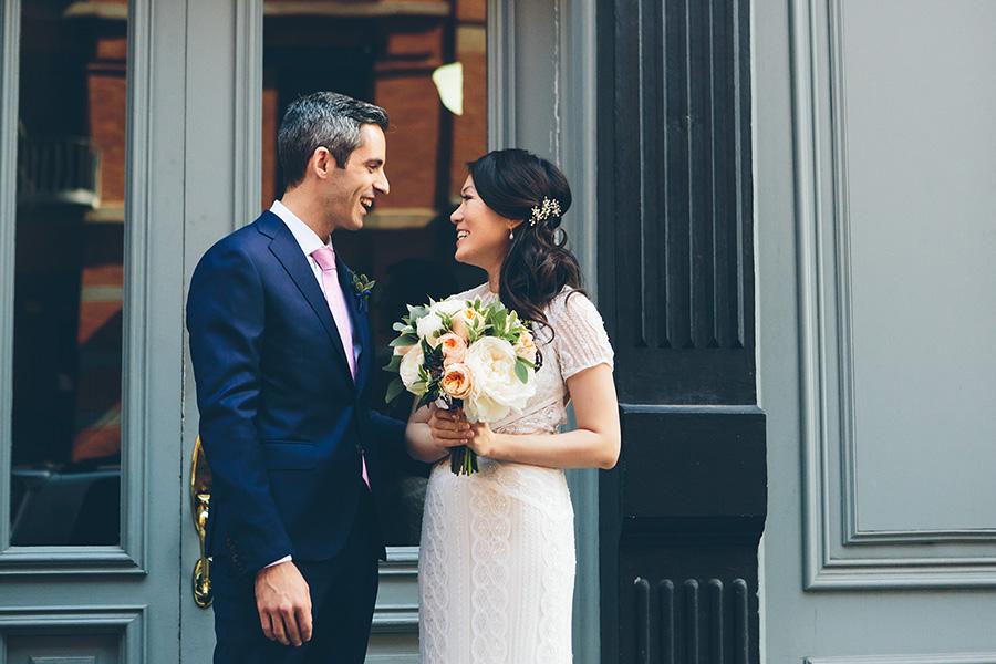 NEW-YORK-CITY-WEDDING-PHOTOGRAPHER-WEST-VILLAGE-GREENWICH-HOTEL-GRAND-BANKS-PIER-0025.jpg