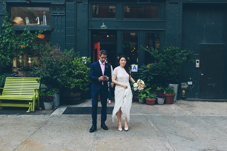 NEW-YORK-CITY-WEDDING-PHOTOGRAPHER-WEST-VILLAGE-GREENWICH-HOTEL-GRAND-BANKS-PIER-0045.jpg