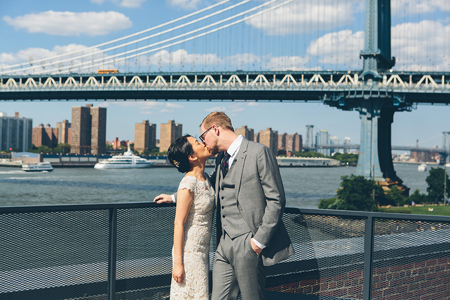 NEW-YORK-CITY-WEDDING-PHOTOGRAPHER-VINEGAR-HILL-HOUSE-INTIMATE-DUMBO-WEDDING-ELOPEMENT-MANHATTAN-BROOKLYN-WEDDING-PHOTOGRAPHY-0007.jpg