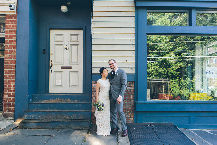 NEW-YORK-CITY-WEDDING-PHOTOGRAPHER-VINEGAR-HILL-HOUSE-INTIMATE-DUMBO-WEDDING-ELOPEMENT-MANHATTAN-BROOKLYN-WEDDING-PHOTOGRAPHY-0022.jpg