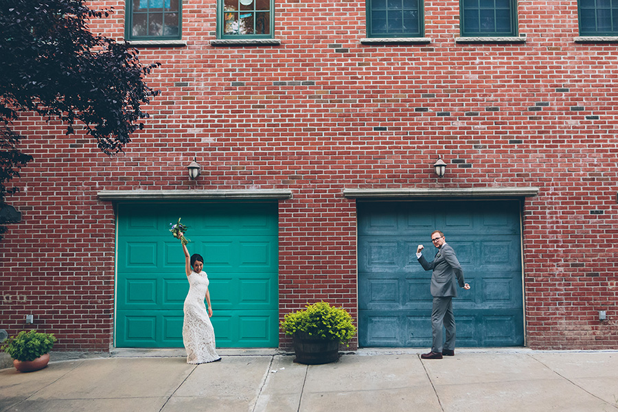 NEW-YORK-CITY-WEDDING-PHOTOGRAPHER-VINEGAR-HILL-HOUSE-INTIMATE-DUMBO-WEDDING-ELOPEMENT-MANHATTAN-BROOKLYN-WEDDING-PHOTOGRAPHY-0027.jpg