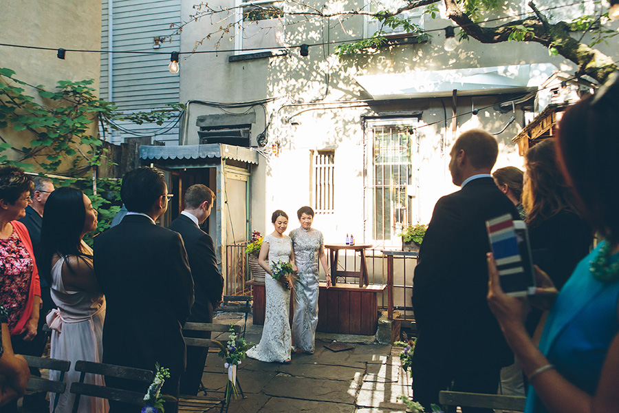 NEW-YORK-CITY-WEDDING-PHOTOGRAPHER-VINEGAR-HILL-HOUSE-INTIMATE-DUMBO-WEDDING-ELOPEMENT-MANHATTAN-BROOKLYN-WEDDING-PHOTOGRAPHY-0045.jpg