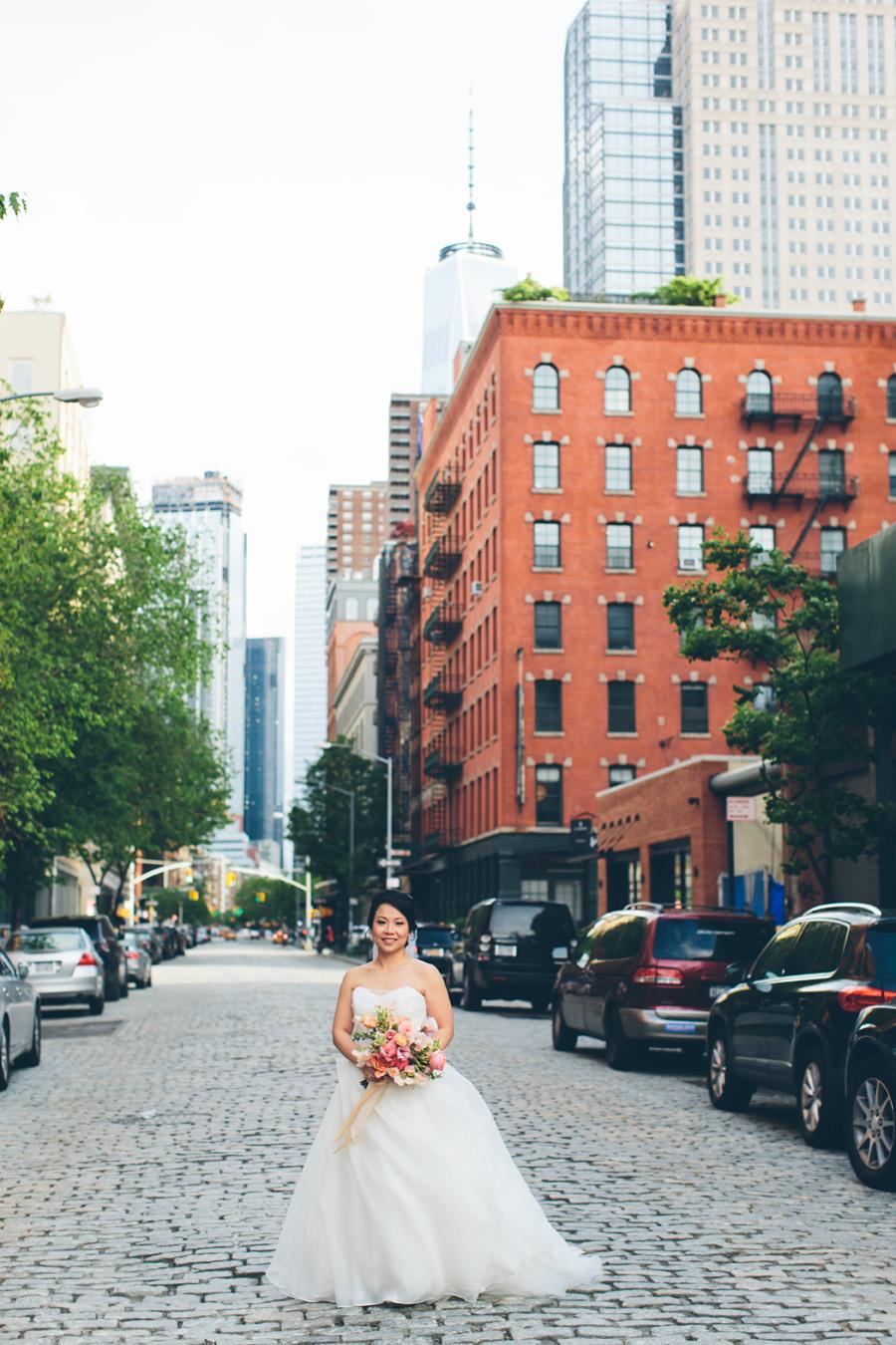 NEW-YORK-CITY-WEDDING-PHOTOGRAPHER-TRIBECA-ROOFTOP-THREE-SIXTY-VENUE-MANHATTAN-BROOKLYN-WEDDING-PHOTOGRAPHY-ANNIEROBERTY-0036.jpg