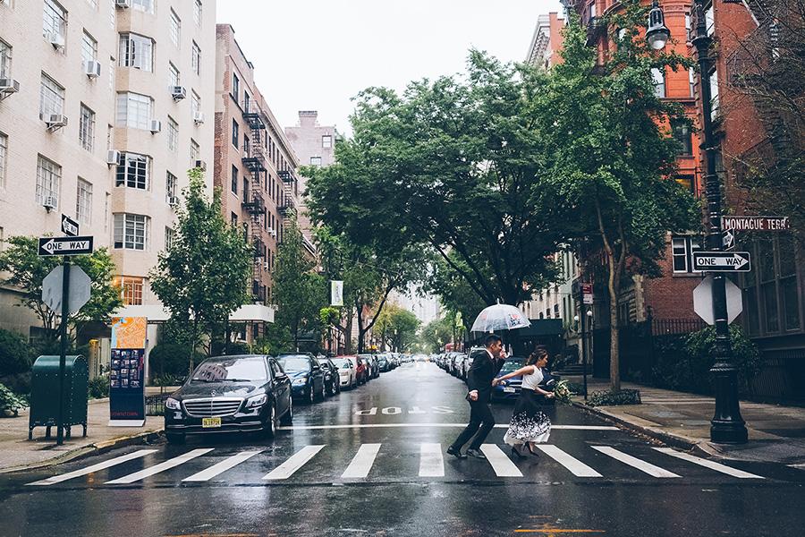 NEW-YORK-CITY-WEDDING-PHOTOGRAPHER-INTIMATE-WEDDING-ELOPEMENT-BROOKLYN-PROMENADE-CITYHALL-MANHATTAN-BROOKLYN-WEDDING-PHOTOGRAPHY-JackieAaron-0039.jpg