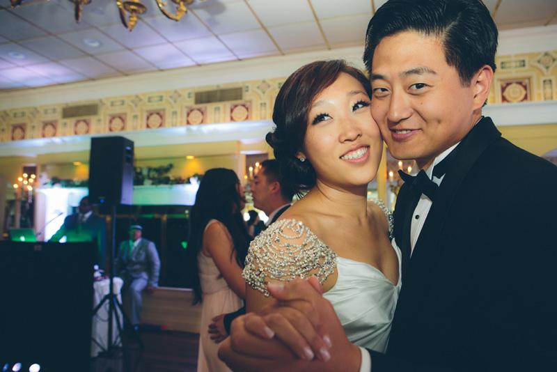 NEW-YORK-CITY-WEDDING-PHOTOGRAPHER-INTIMATE-WEDDING-ELOPEMENT-CITYHALL-MANHATTAN-BROOKLYN-WEDDING-PHOTOGRAPHY-hennyjustin-0064.jpg