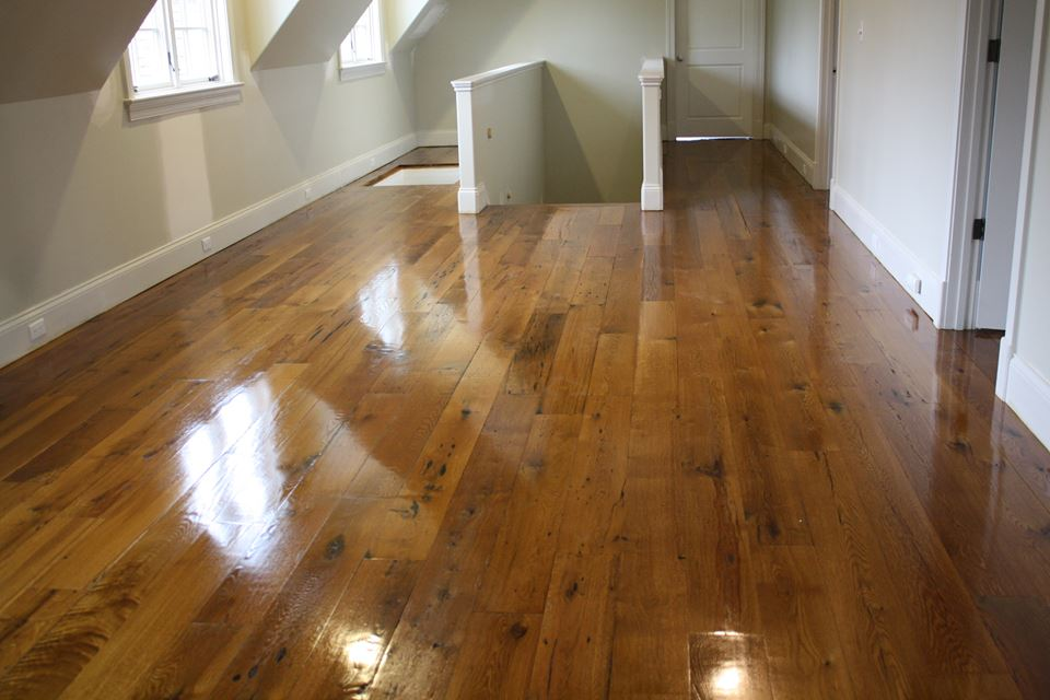 Custom Reclaimed Oak Flooring