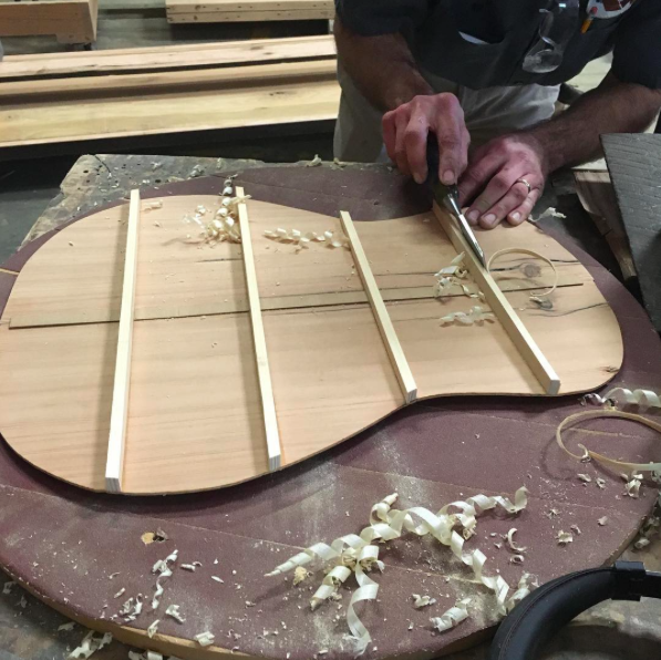 Nashville Guitar Builder