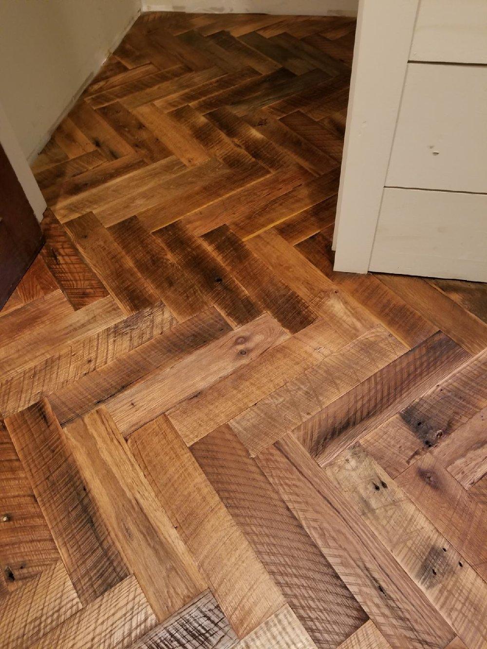 Oak Herringbone Floor.jpg