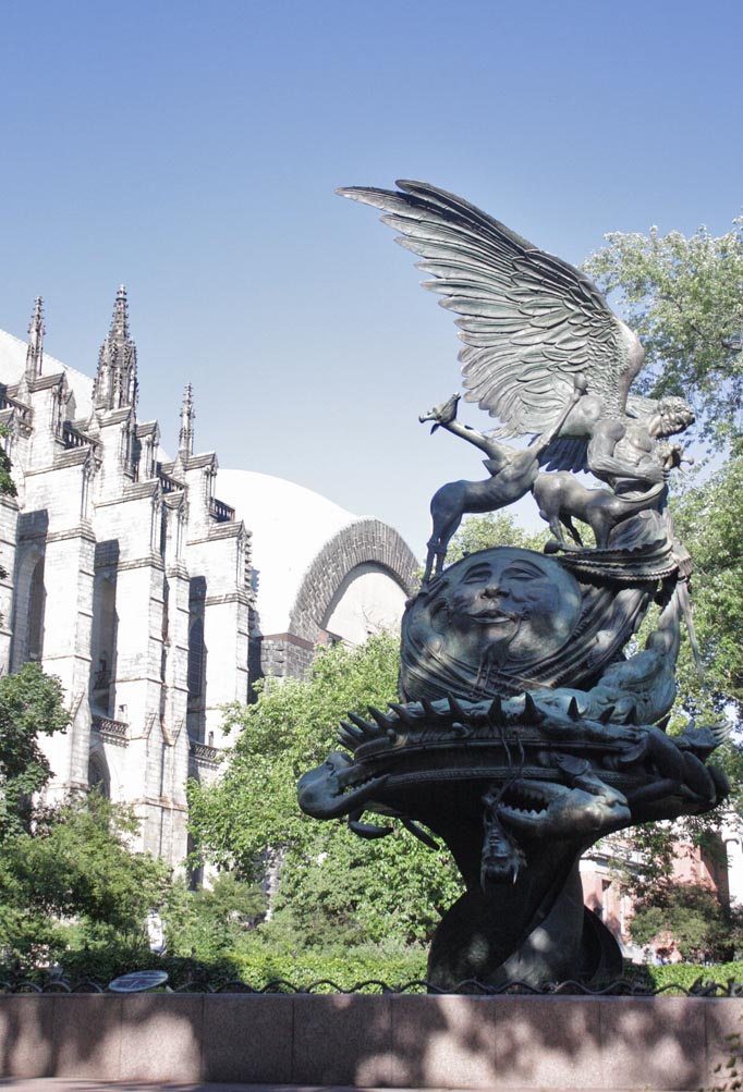 VillaBisono_Cathedral_Garden3.jpg