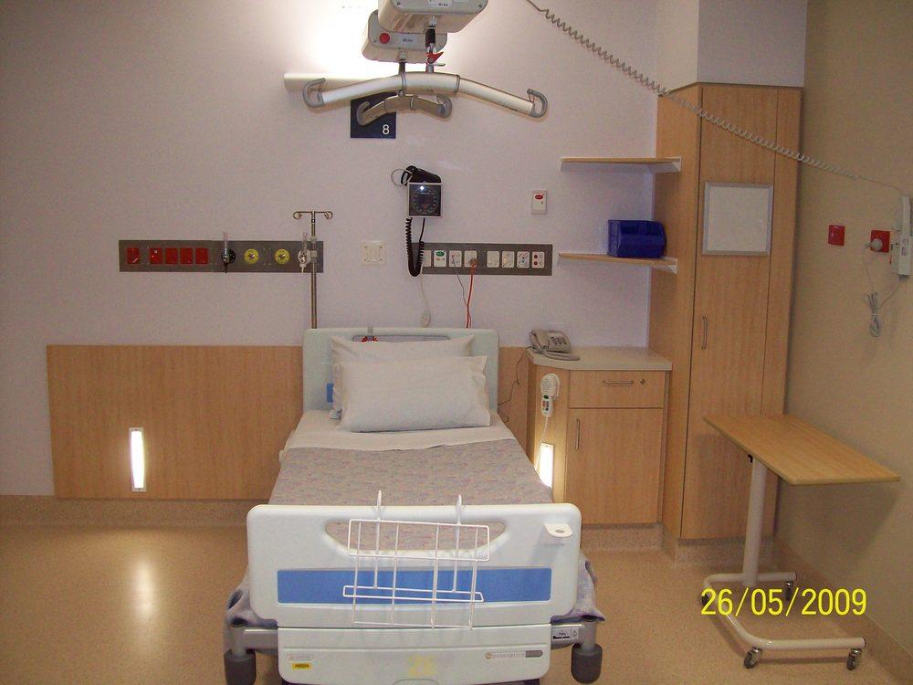 PCH L2 1 bed ward.JPG