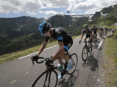 Stage 8 up froome.jpg