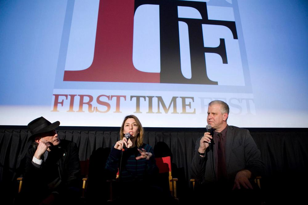 "Director Sofia Coppola (center) and cinematographer Ed Lachman (left) discuss their filmmaking choices after a First Exposure screening of Sofia's ""The Virgin Suicides"". The event was moderated by FTF Director of Programming, David Schwartz (right)."