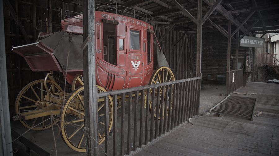 OldWest Amusement Park-5.jpg