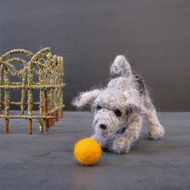 #tbt to when I made the cutest felted dog in the world. This has nothing to do with my current work but I felt like adding a bit of whimsy to my IG feed. 🐶💕#felted #needlefelted #puppy