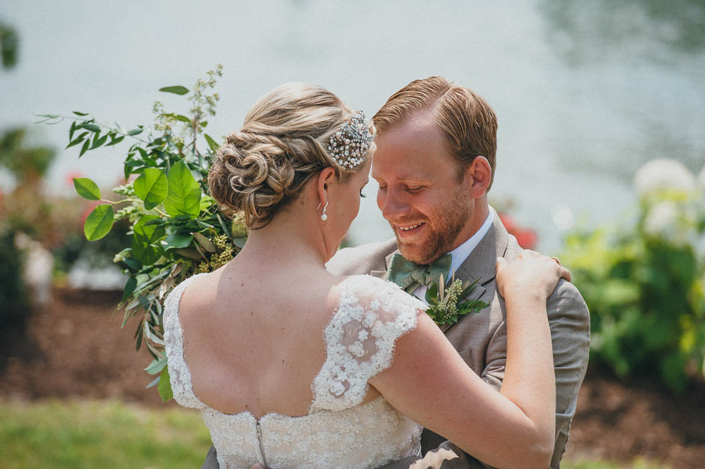 first look at lakeside wedding in michigan