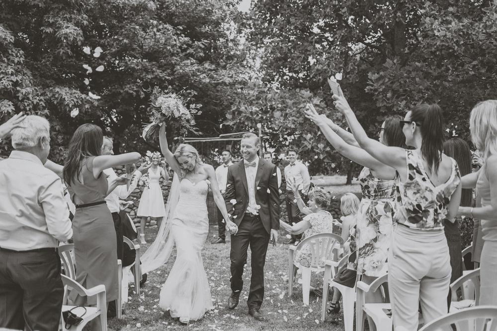 Ben + Lauren's Wairarapa Wedding. Siaosi Photography. Image by Jenny Siaosi.