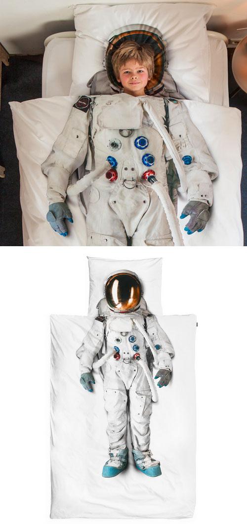 Snurk_astronaut_bedding2.jpg