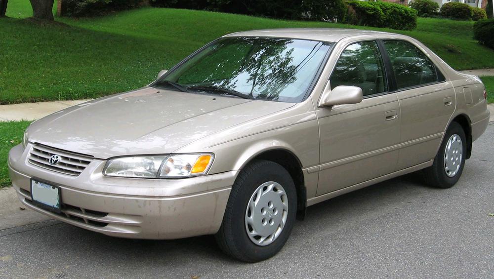 1997-1999_Toyota_Camry.jpg