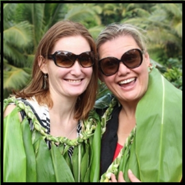 DORY WITH HER SISTER MATARII   AT THEIR COUSIN Manavaroa PHILIP NICHOLAS' INVESTITURE