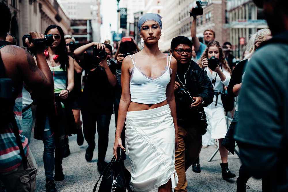 Hailey Baldwin -New York Fashion Week