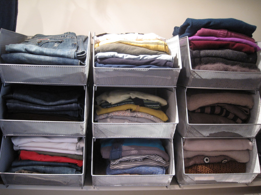 Organizing your closet the well coiffed closet How to organize your clothes without a closet