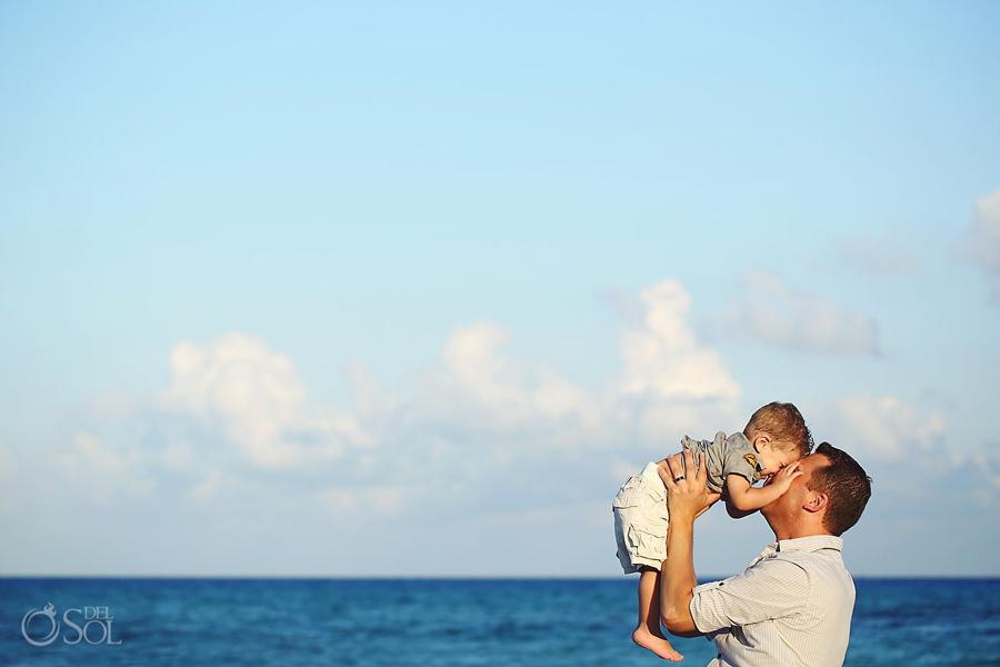 Playa-del-Carmen-Family-Portrait_0014s.jpg