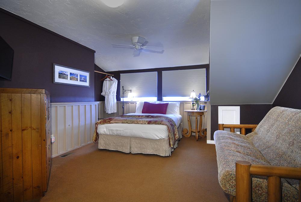 PurpleMtn_13 whetstone room.jpg